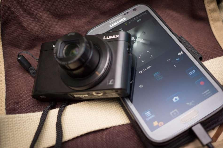 Panasonic-LF1-Camera-Wifi