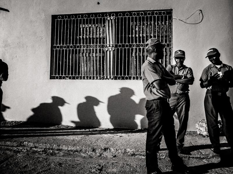 ricoh-grd-iv-haiti-street-photography-4