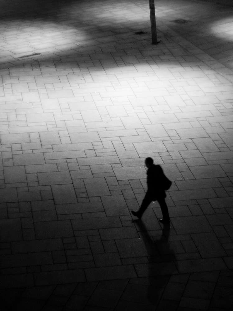 Silouhette-Street-Photography-1