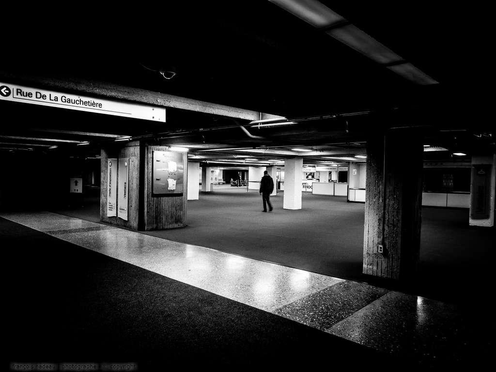 Olympus-OMD-EM1-Street Photography-1
