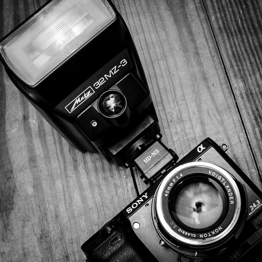 Sony-Nex7-Metz-Flash-1