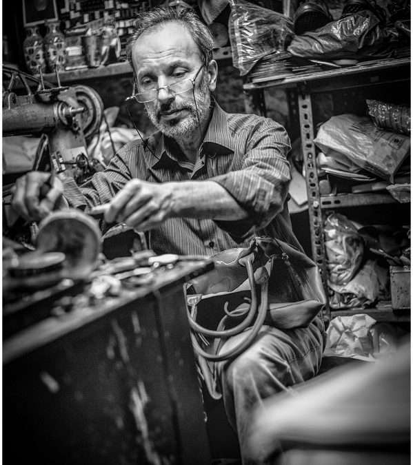 Portraits of men at work in Instanbul