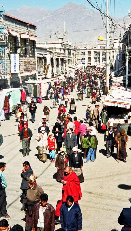 7-alan-humphris-tibet-barkhor