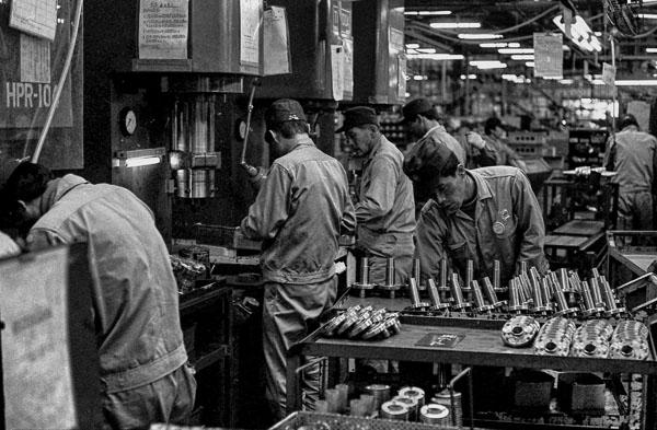 vintage-japan-factory-3