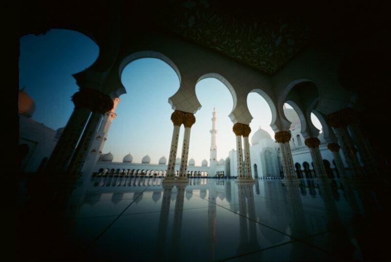 pinholedubai-abu-dhabi_33608070735_o