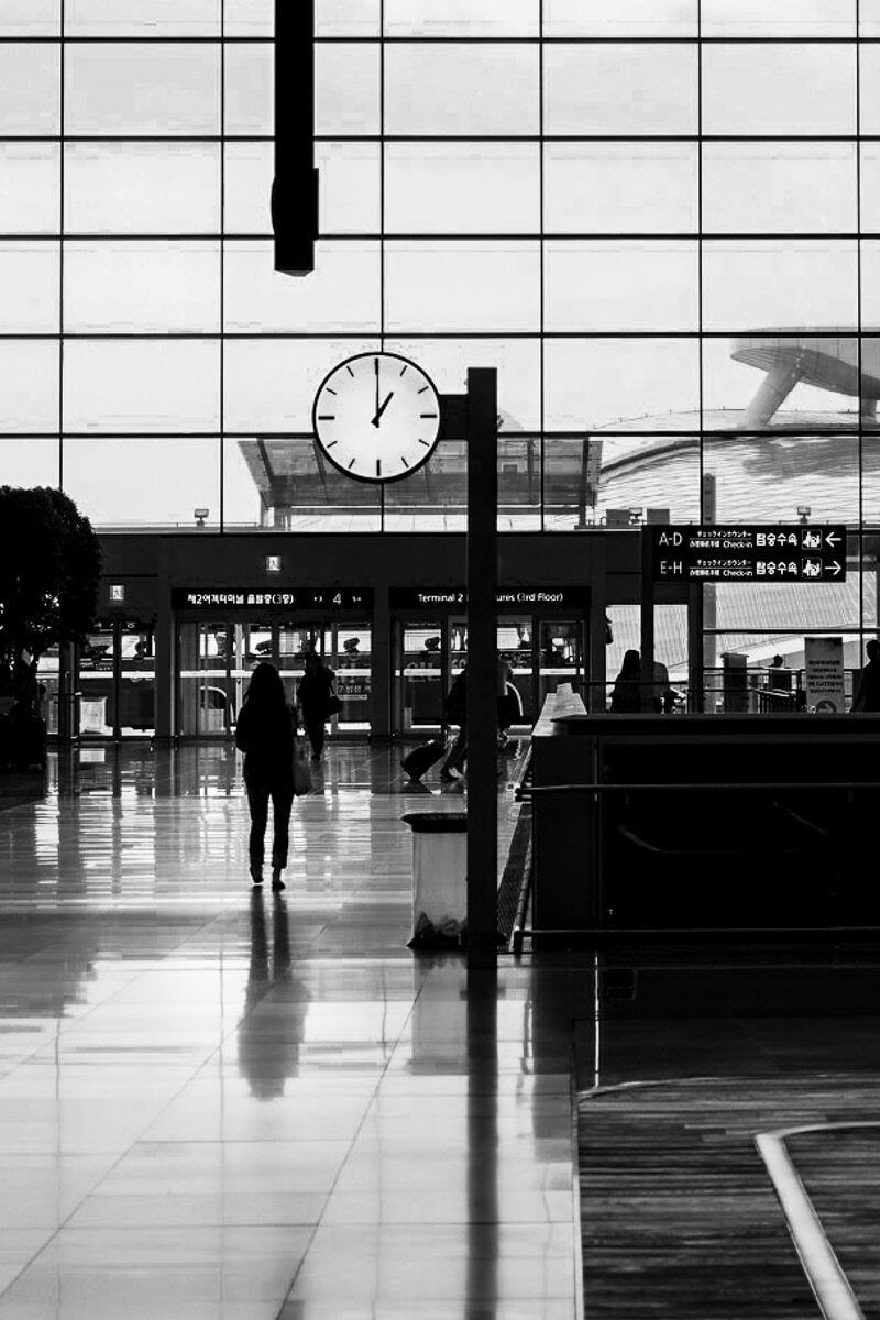 street photography airports 5