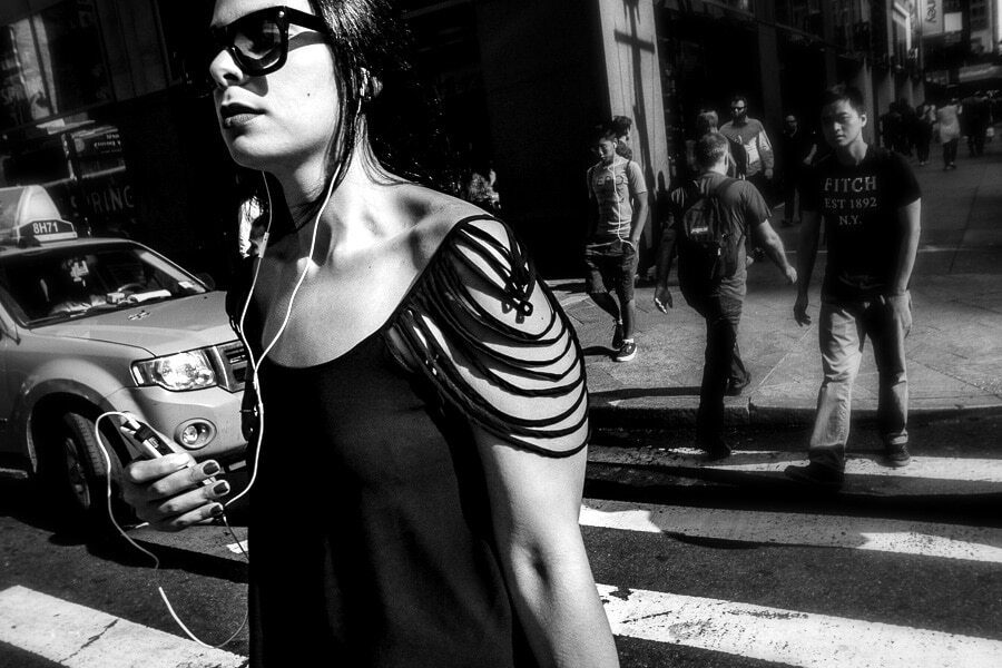 black and white Street photography tips for beginners